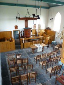 Interieur Witte Kerkje Holysloot (kansel)
